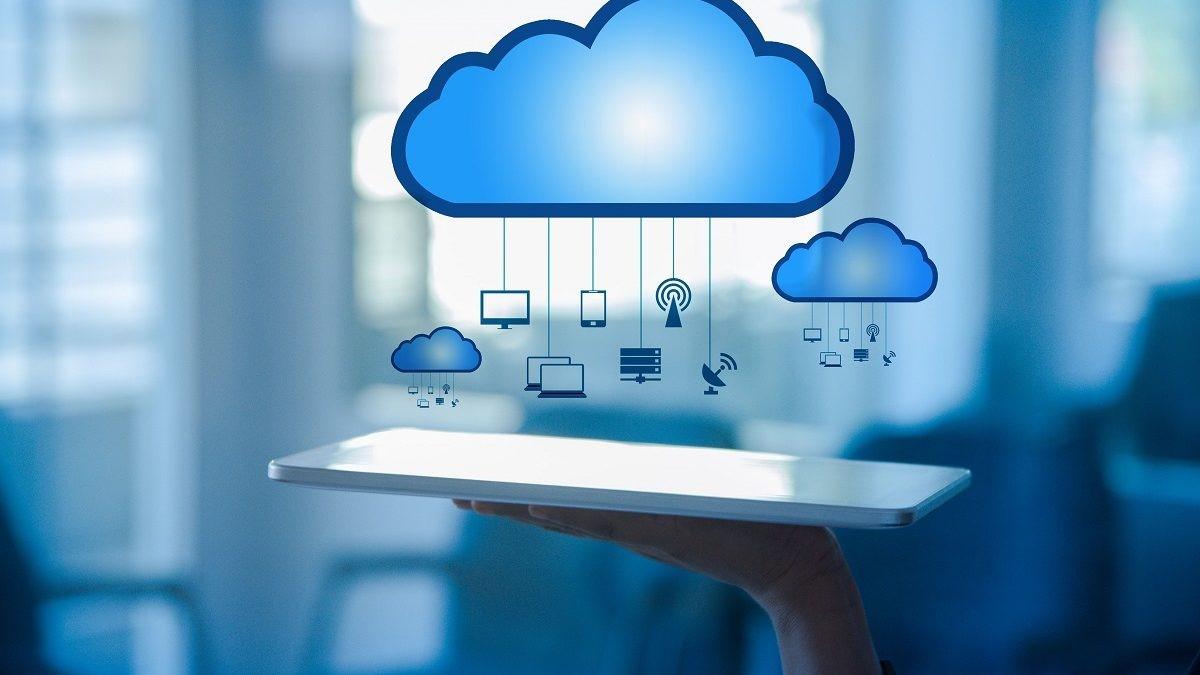 خدمات ابری به چند دسته تقسیم میشوند؟